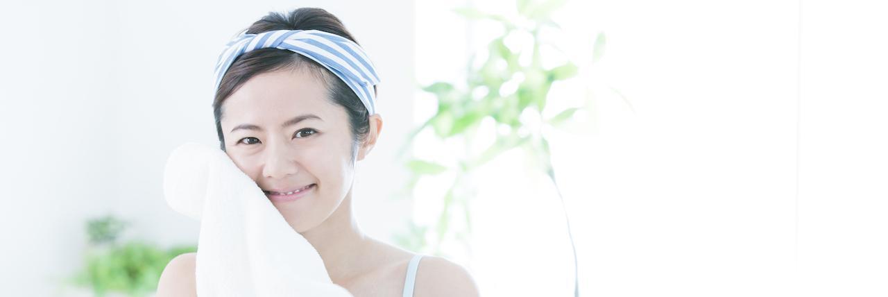 【特集】 乾燥肌向けおすすめクレンジング15選!しっとりもちもち肌に | C CHANNEL - 女子向け動画マガジ��