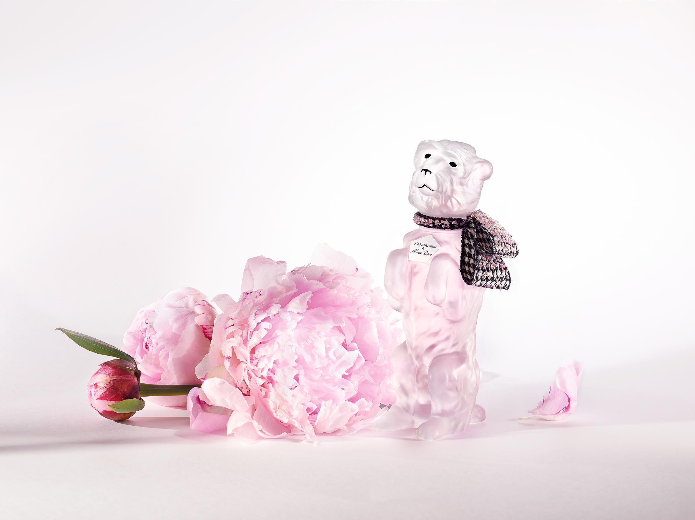 =Miss Dior 花漾迪奧淡香水-BOBBY 限量復刻版!睽違70年經典創作華麗回歸限量珍藏