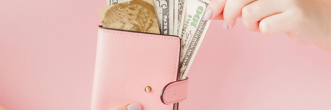 =旅行におすすめの財布|国内でも海外でもコンパクトに!