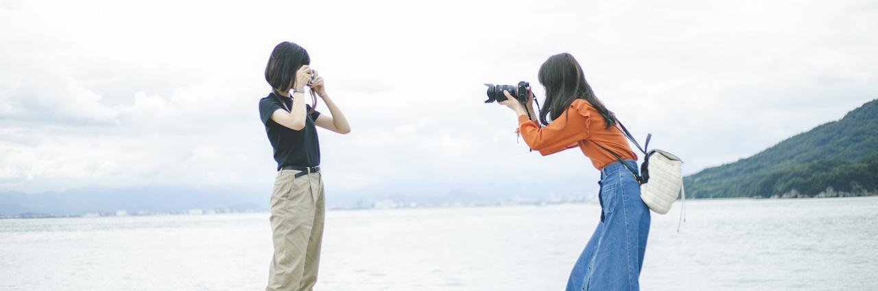 =カメラ女子集合!かわいいカメラ18選と映える撮影テクニック♡