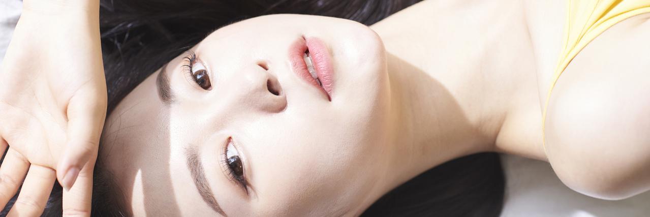 【特集】 ラロッシュポゼの日焼け止めでメイクしながらUV対策!敏感肌も◎ | C CHANNEL - 女子向け動画マガジン