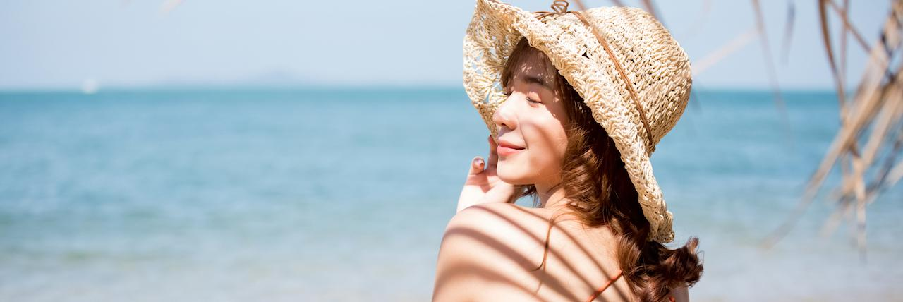 【特集】 リピ買い続出!RMKの日焼け止めをご紹介♡人気UVケアコスメも | C CHANNEL - 女子向け動画マガジン