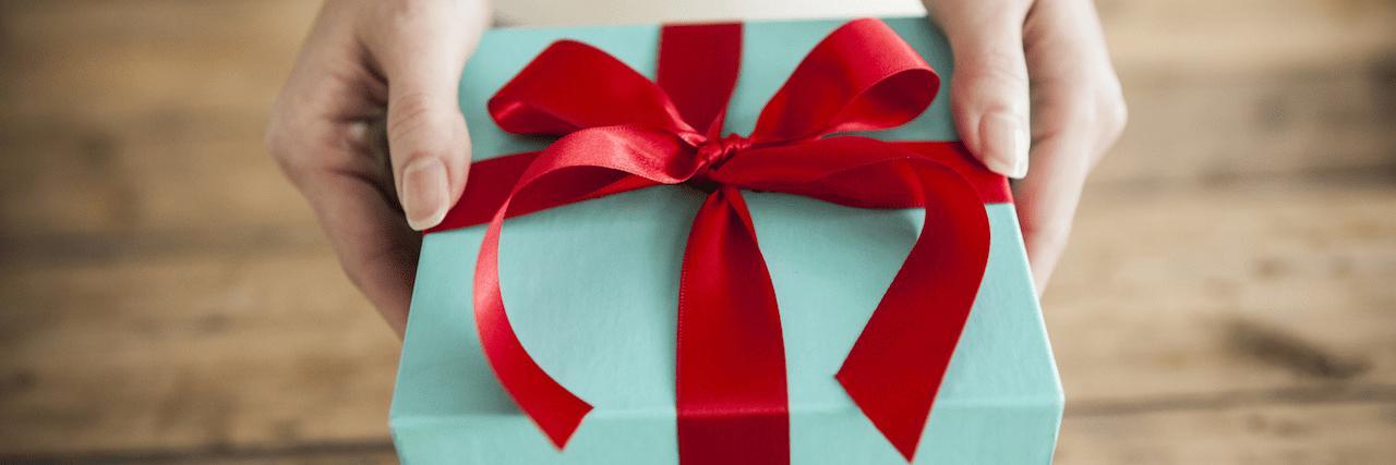 【特集】 今あげたい誕生日プレゼント|友達ウケ間違いなしアイテムって? | C CHANNEL - 女子向け動画マガジン