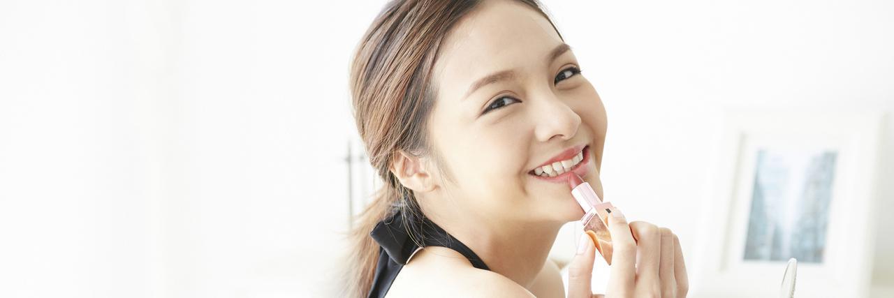 【特集】 おすすめの荒れにくい口紅|乾燥・カサツキを防ぐ保湿リップ | C CHANNEL - 女子向け動画マガジン
