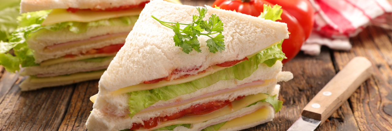 =時短レシピ!忙しい朝にぴったりなお手軽サンドイッチ特集