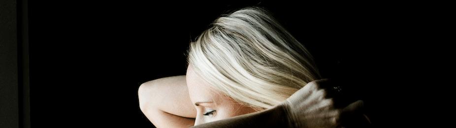 =ロングヘアは前髪で印象が決まる!前髪ヘアスタイル特集