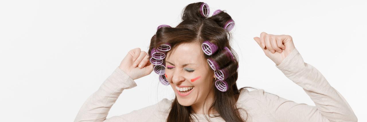【特集】 カーラーの巻き方をマスター!コツをつかんでふんわり髪に♡ | C CHANNEL - 女子向け動画マガジン