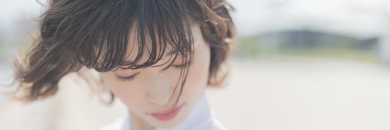 =前髪のお悩み対処法|割れる・浮く・くせ・うねりを解決!