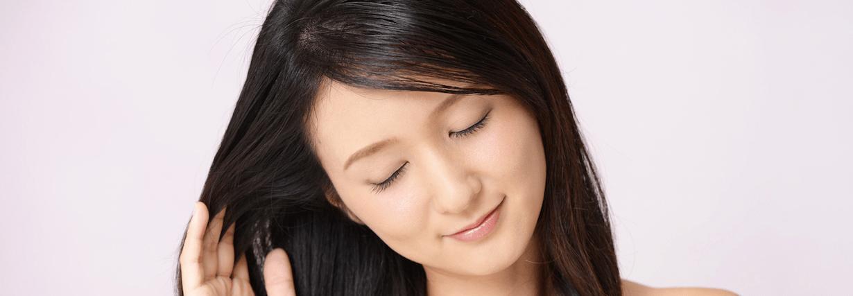 【特集】 黒髪×ミディアムの完全版!黒髪に合う髪型・ヘアアレンジ特集 | C CHANNEL - 女子向け動画マガジン