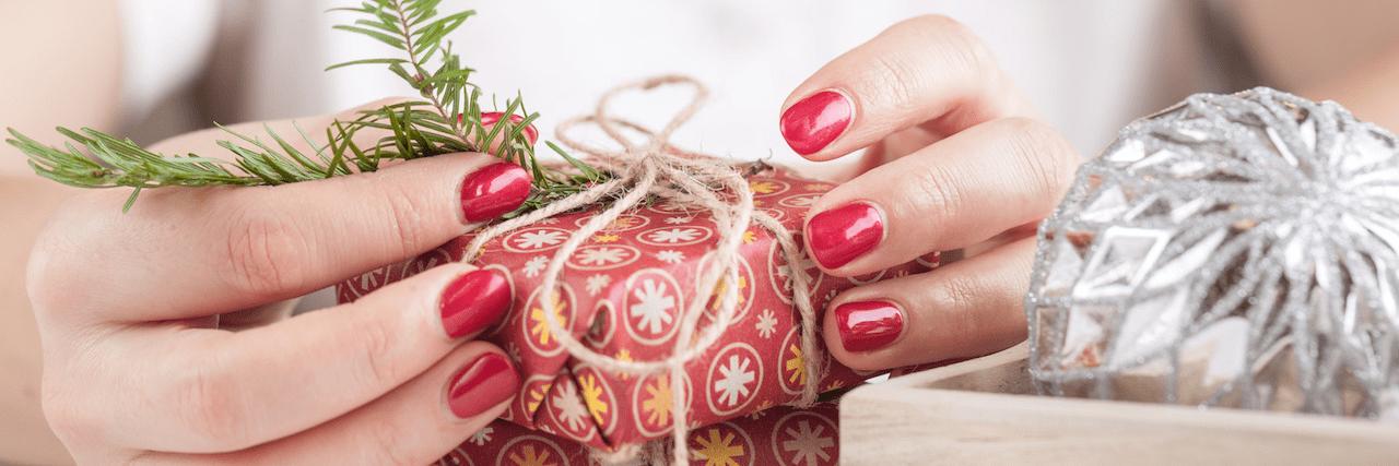【特集】 クリスマスはネイルも特別に!かわいい~大人シンプルデザイン集 | C CHANNEL - 女子向け動画マガジン