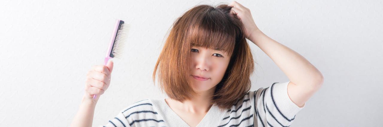 【特集】 うねり髪の原因を解消!普段のケアと簡単アレンジで気にならない | C CHANNEL - 女子向け動画マガジン