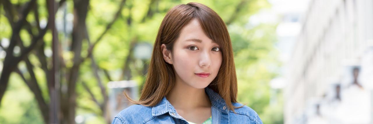 【特集】 ミディアムの簡単セット&大人ヘアアレンジ髪型35選 | C CHANNEL - 女子向け動画マガジン