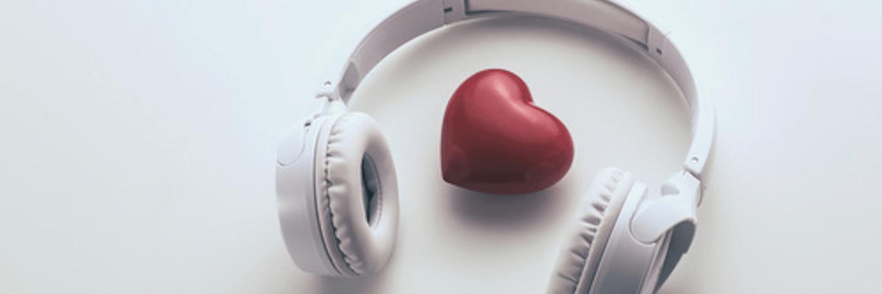 =遠距離恋愛中に絶対聴きたい!おすすめ恋愛ソング20選♡