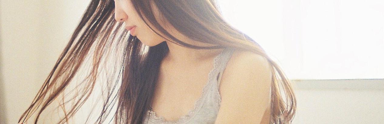 【特集】 くせ毛を活かすおしゃれ髪型まとめ!簡単かわいいアレンジ法 | C CHANNEL - 女子向け動画マガジン