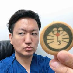 二重術の名医 Dr.鍋(SBC熊本院院長)